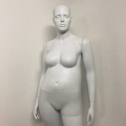 Plus Size Mannequin Hire